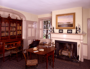 The sitting room of the Wadsworth-Longfellow House